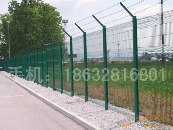 公路护栏网、公路护栏网厂、公路护栏网厂价格多少