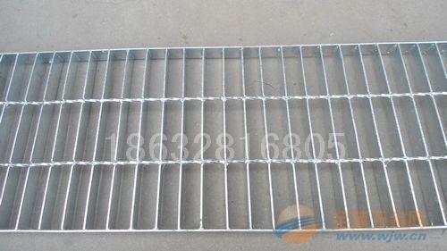 广西楼梯踏步板,广西钢格栅板,广西格栅板,广西钢格板,广西热镀锌格栅板