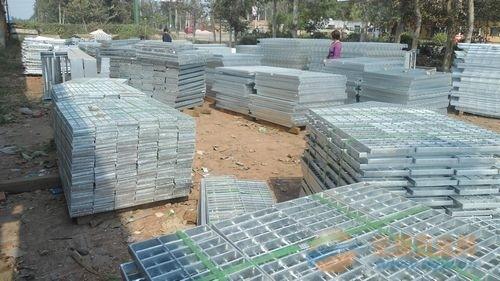 格栅板厂家订制镀锌钢格栅板