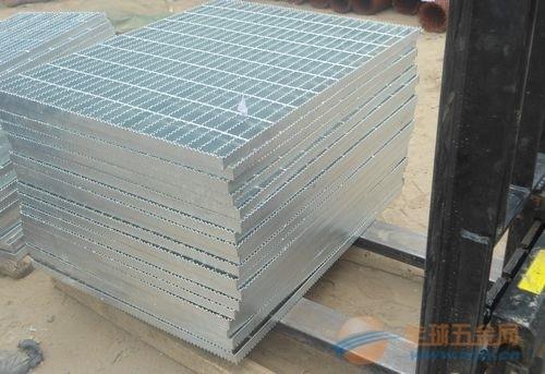 免费提供镀锌钢格栅样品,订制各种规格钢格栅板