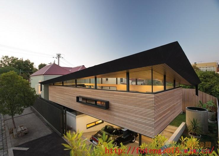 丽江别墅区户外幕墙铝方通的工程效果图高清图片