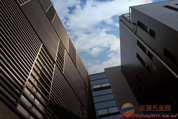 大型工程铝方通厂家