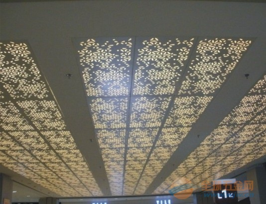 2.0mm厚氟碳数控雕花板工程实例