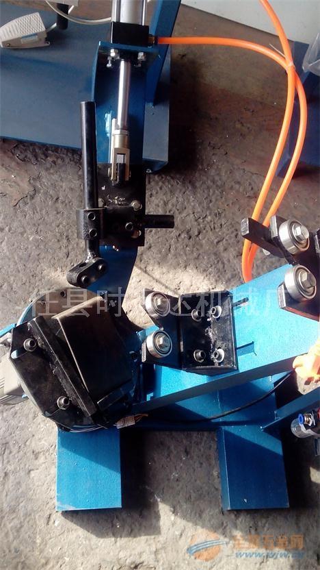 顶托自动焊接机