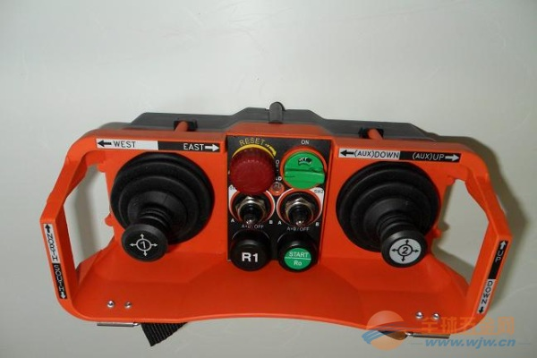 SAGA-L40 五速双摇杆起重机无线遥控器 五档双