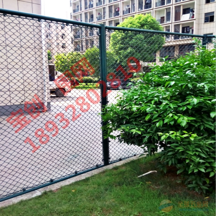 篮球场围栏
