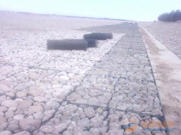 东北石笼网 水利石笼网 石笼网围墙
