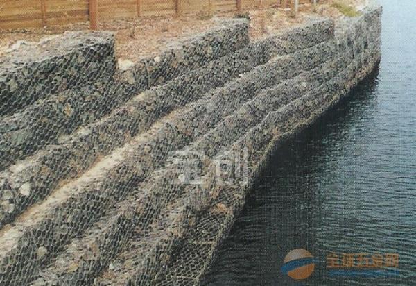 镀锌石笼网,包塑石笼网,河道石笼网