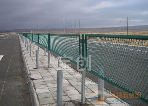 国标钢板网 抹灰钢板网 镀塑钢板网