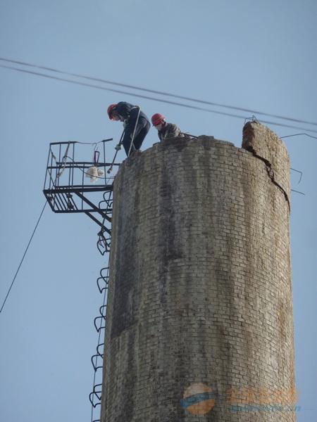 福田区55米烟囱拆除工程