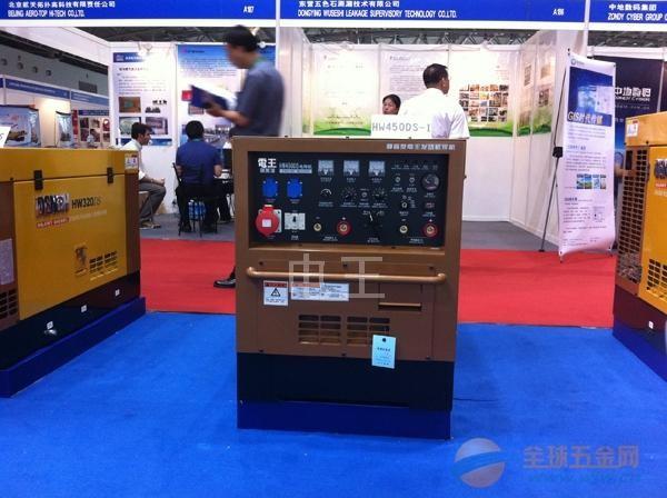 日本原装进口柴油发电电焊机,柴油发电焊机,柴油引擎电焊机,自发电焊机,厂家直销!