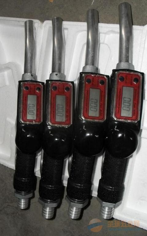 海口计量加油枪 厂家销售 欢迎批发油泵 电子加油枪