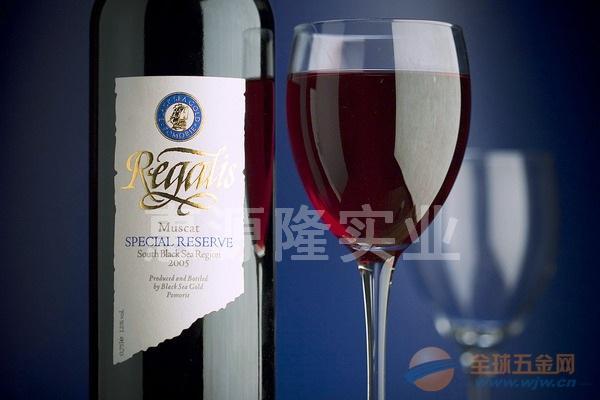 红酒标签的材质是什么