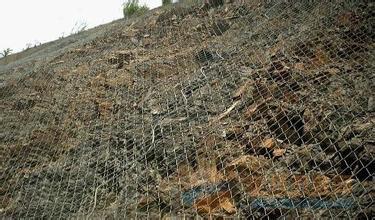 露天区边坡防护镀锌勾花网技术参数