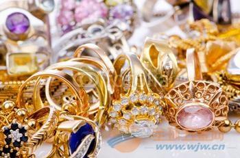 芗城回收金子,石码黄金手链回收,石亭金手镯回收