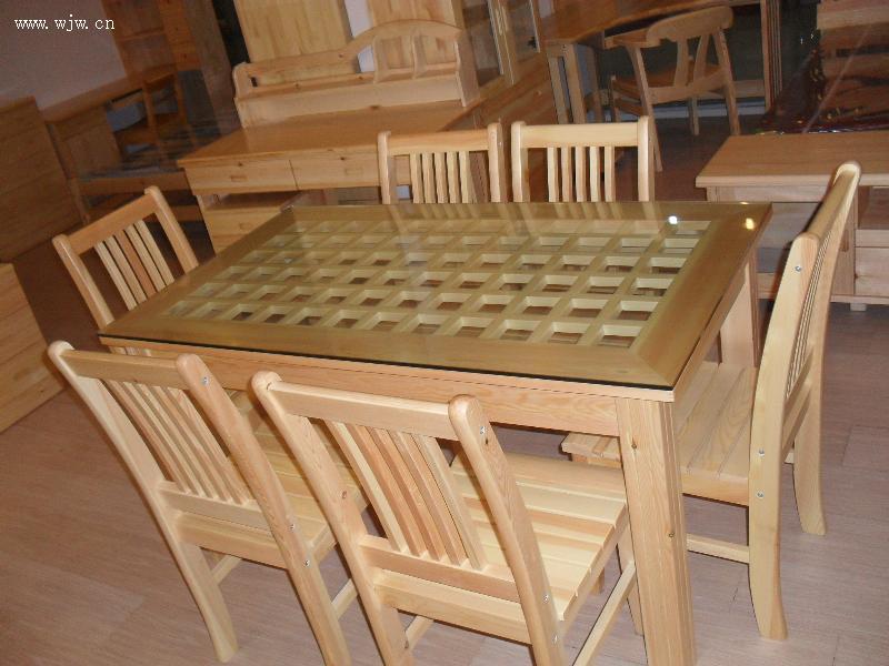 实木餐桌 杭州夹板市场乔木园