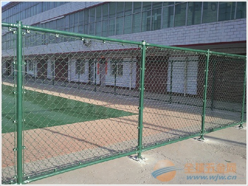 吉林体育场护栏网生产流程 吉林体育场围网使用材质 吉