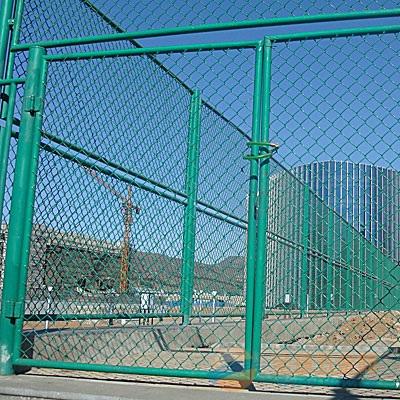 牡丹江体育场围网厂家 牡丹江体育场护栏网制作工艺