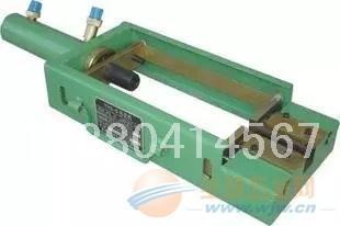 钢绞线挤压机