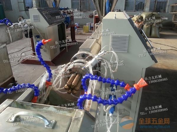 云南塑料多孔梅花管材设备