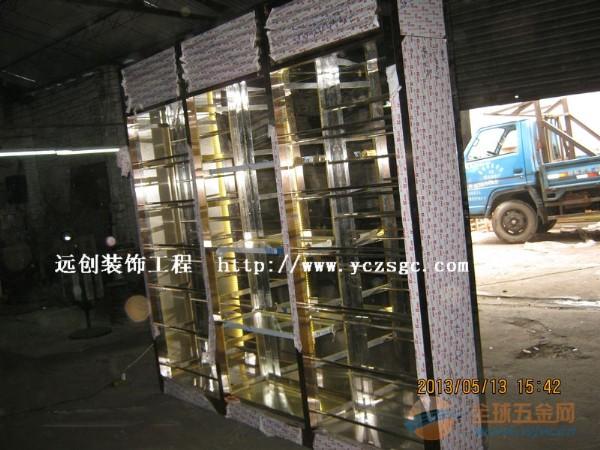 玫瑰金不锈钢酒柜厂家,可安装LED灯带不锈钢酒柜厂家定制