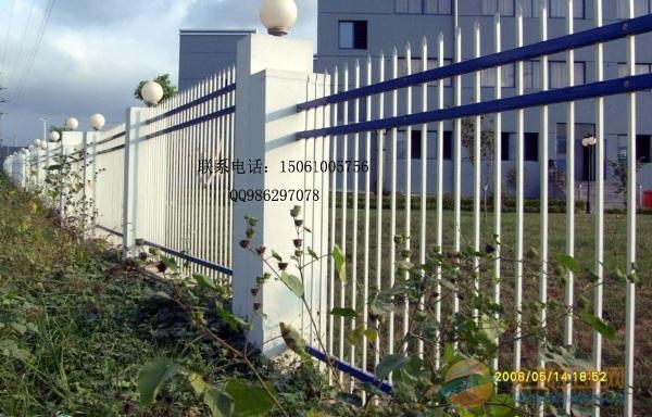 姜堰围墙栏杆厂家,姜堰锌钢围墙栏杆价格,组装式焊接式围墙栏杆都有