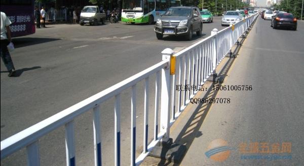 江苏交通护栏样式是怎么样的?