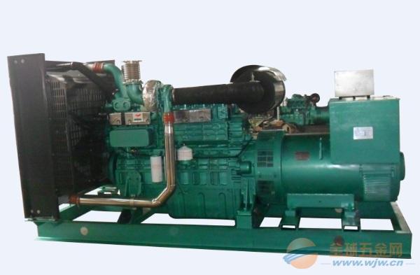 400KW重庆康明斯柴油机配无锡斯坦福发电机机组(自启动)