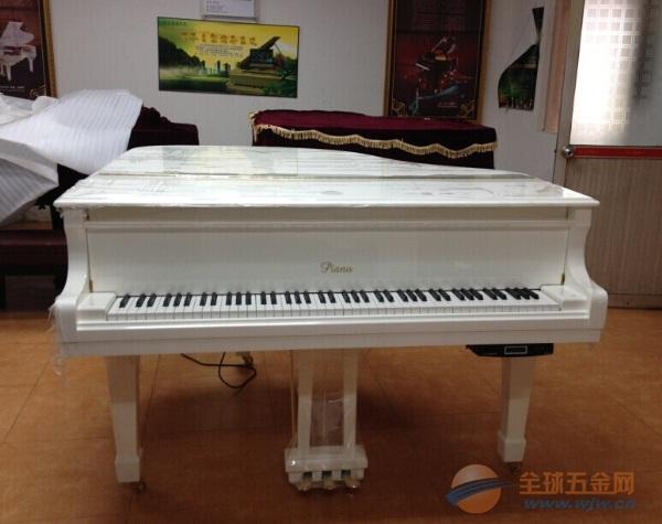 三角钢琴厂家批发优惠进行中