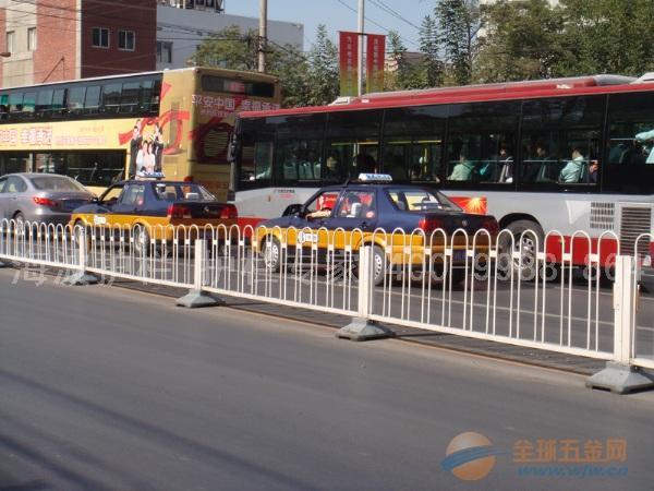 陕西市政护栏、陕西市政栏杆、陕西交通道路护栏还是海波护栏好