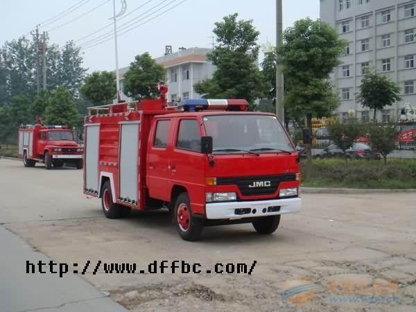 用小型消防车 湖北江南专用特种汽车改装公司高清图片