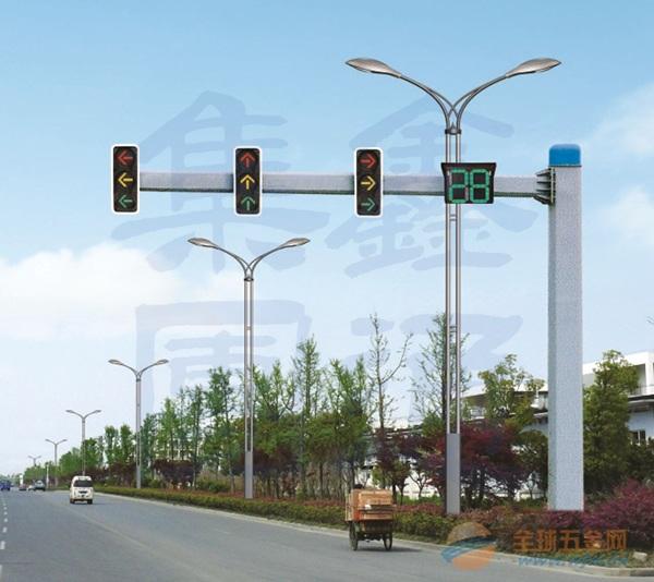 不等边八角悬臂信号灯杆,河南信号灯杆推荐供应商,XT-004