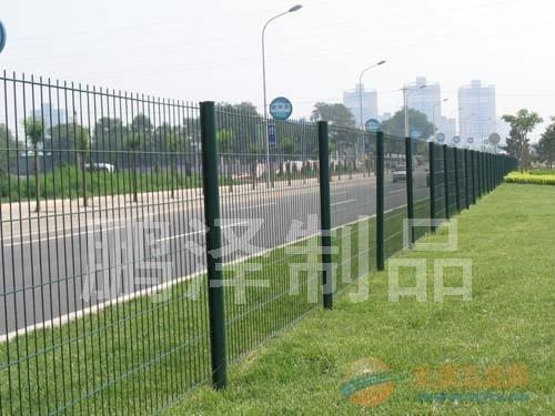 湖北专业生产球场围栏网厂家#湖北哪有卖球场围栏网的*湖北体育场围栏网哪的便宜