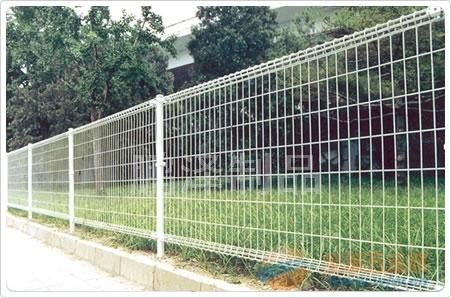 义乌哪有卖铁丝网围栏的*义乌专业生产各种规格铁丝网围栏*义乌铁丝网集散基地