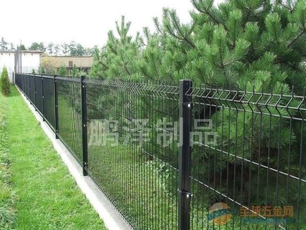 学校绿化铁丝网围栏网*公园绿化铁丝网*绿化铁丝网直接生产*公园围栏网生产