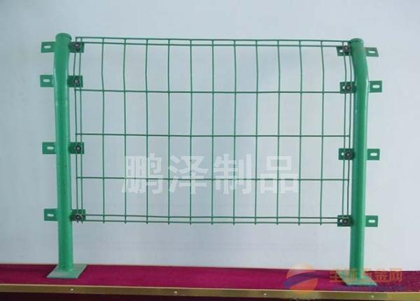 铁丝围栏网直接销售生产*铁丝网围栏专业正品*货到付款铁丝围栏网