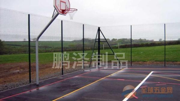 上海体育馆专用围栏网*上海哪有卖足球场用的铁丝围栏网的*上海铁丝网专卖