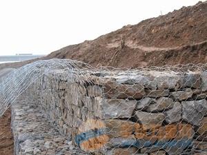 延吉哪里有卖石笼网的?河北鹏泽石笼网厂专业生产堤坡防护网