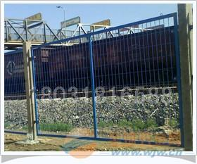 赫鹏混凝土立柱,铁路防护栅栏简单介绍
