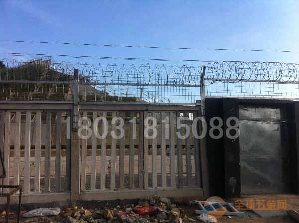 铁路金属栅栏