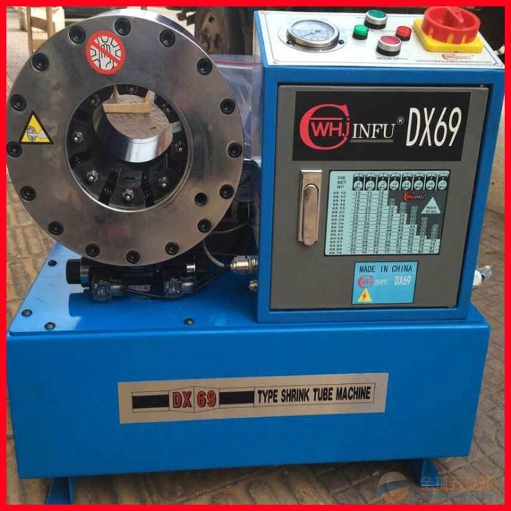 油管及油管接头连接在一起设备压管机