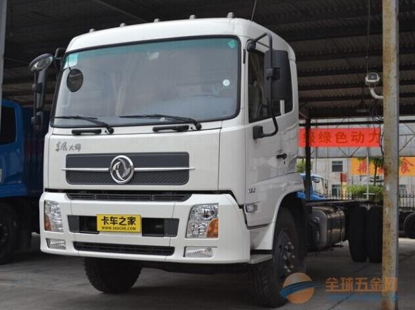 东风 天锦中卡 190马力 4X2 LNG载货车底盘