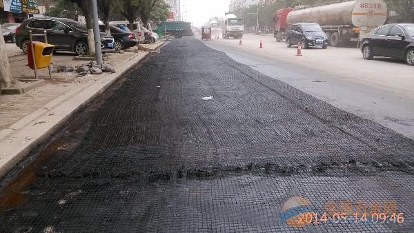 桂平市双向拉伸塑料土工格栅厂家直销