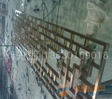 香港酒红色包边不锈钢花格,香港不锈钢异形件加工,香港高档不锈钢屏风酒红色包边