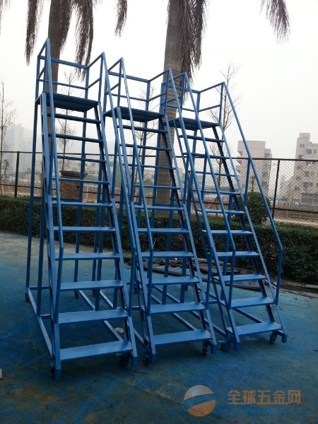 东莞库房移动登高梯图片,深圳超高移动登高梯生产商