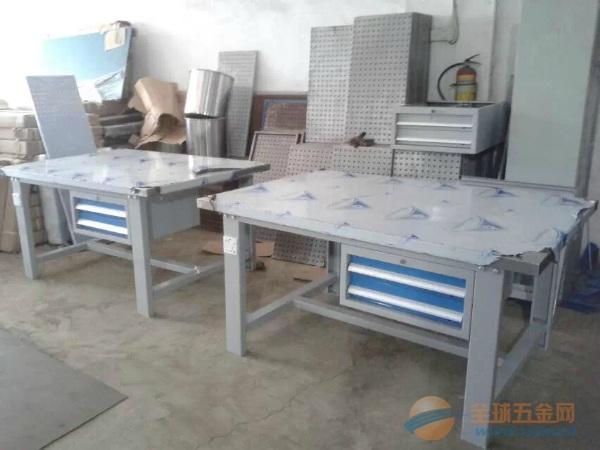重型钳工工作桌生产商