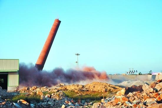 雅安拆除烟囱公司