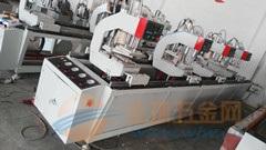 林芝・塑钢门窗三位焊接机一台要多少钱