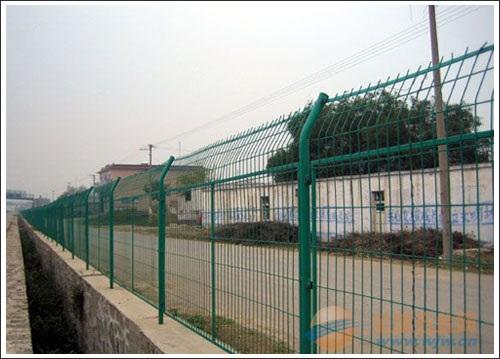 玉林高速公路铁丝网围栏