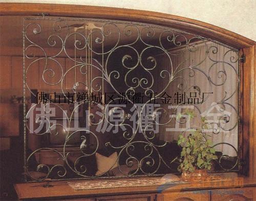 内蒙古屏风隔断 铁艺镂空装饰屏风 铁艺屏风加工厂